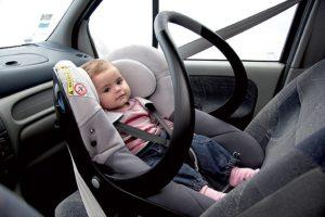 Можно ли перевозить ребенка до 12 лет на переднем сидении в беларуси