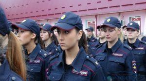 Как девушке поступить на работу в полицию без армии