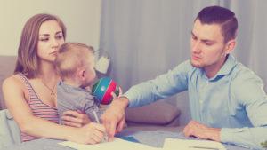 Ребенок до 3 лет развод муд угрожает